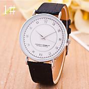 남성 손목 시계 모조 다이아몬드 시계 스위스 디자이너 석영 PU 밴드 블랙 브라운