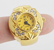 Women's Diamond Flower Style Alloy Analog Quartz Ring Watch (Assorted Colors) Cool Watches Unique Watches