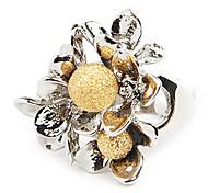 Elégant anneau de forme de fleur (couleur aléatoire)