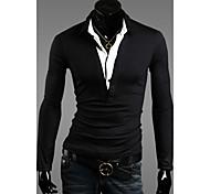 lapela t-shirt magro dos homens
