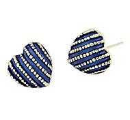 Lureme®Heart Shape Enamel Stud Earrings