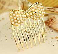 Classic Golden Alloy Hair Combs For Women (Golden)