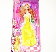 Barbie guardaroba con quattro abiti e accessori