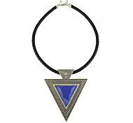 Европейский стиль Акриловые Треугольник Женская ожерелье