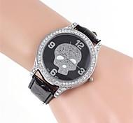 Frauen-Schädel Dial-Diamant-Kasten-Leder-Band-Armbanduhr (1 St.)
