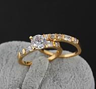 New Fashion placcato oro 18K Concise Generoso tondo zircone paio di anelli J0034