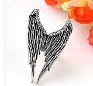 Rhinestone Dimensional Angel Wings Ring