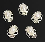 10pcs Vintage Design Oval Pearl Beads 3D Rhinestones Alloy Nail Art Decoration