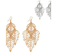 Women's Hollowed Maple Leaf-Shaped Alloy Earrings(1Pair)