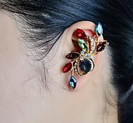 moda pedra de luxo situado algemas de orelha