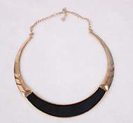 Eruner®Popular Shiny Surface Circle Short Necklace (Assorted Color)