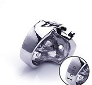 gioielli in acciaio inox a forma di regalo personalizzato inciso anello teschio moda maschile