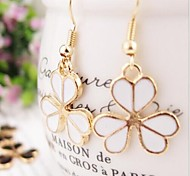 Love Is You Korean Fashion Personality Exquisite Clover Earrings