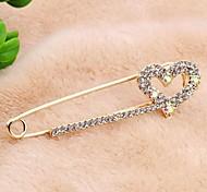 Korean Version Sweet Alloy Rhinestone Heart Shaped Pin Brooch