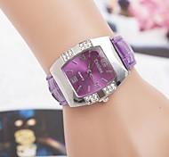 Women's Fashion Diamond Square Dial Quartz Wrist Watch(Assorted Colors)