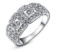 Classic Small Pieces Simulated Diamond Austrian Crystals Rose/White Gold Plated Chinese Style G Finger Ring