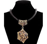 hipérbole liga jóia colar das mulheres