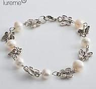 Lureme®Women's Butterfly Shaped Silver Pearl Bracelet