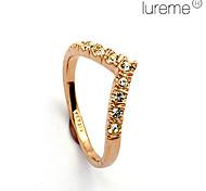 Lureme®V Word Crystal Diamond Love Ring