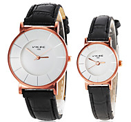 Couple's Simple Round Dial PU Band Quartz Wrist Watch (Assorted Colors) Cool Watches Unique Watches