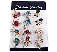 Fashion Flower Brooches (One Pack Includes 12 Pcs) Random Color