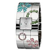 Women's Exaggerated Big Band Bracelet New Fashion Carved Flower Watch Quartz Analog Charm Designs Japanese Quartz Movt