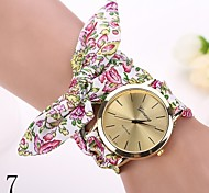 Quartz Watch Gold Watches Wristwatch Geneva Fashion Watches