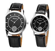 2015 el más nuevo cuero de la PU con la muñeca ocasional del hombre reloj de la mujer de cuarzo calendario reloj parejas