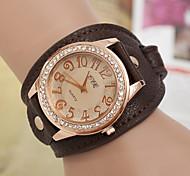 Mulheres Relógio de Moda Quartz Couro Banda Dourada marca-