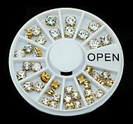 W114 1pcs Women Gift Golden Metal Rhinestones 3D Nail Art Nail Sticker Decoration Round Wheel Tips