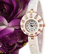 strass bande cadran rond en plastique à quartz montre-bracelet analogique des femmes