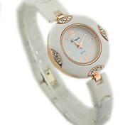 Women's Diamante round Dial Plastic Band Quartz Analog Wrist Bracelet Watch