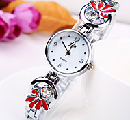 nova maré atual flor mostrador redondo forma de diamante banda liga de moda pulseira quartzo relógio das mulheres (cores sortidas)