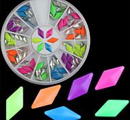 Beautiful Diamond Fluorescent Rivet Diy Nail Art Decorations