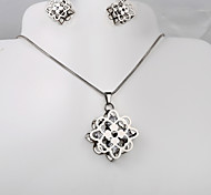 European and American fashion titanium steel octagonal silver CZ earrings Clover Necklace Set