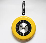 Nouveauté Moderne/Contemporain Horloge murale , Nourriture et Boisson / Famille Métal 17