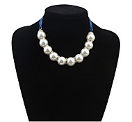 Female Europe Fashion Personality Exaggerated Pearl  Necklace Necklace Clavicle Chain