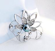 HUALUO®Leaves Flowers Pearl Brooch