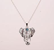 Ожерелье Ожерелья с подвесками Бижутерия Для вечеринок / Повседневные Сплав Серебряный 1шт Подарок