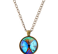 Lureme® Time Gem Series Elegant Fluorescent Big Butterfly Disc Pendant Charm Necklace for Women and Girl