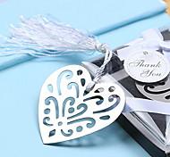 Creux-dehors en métal de coeur Bookmark