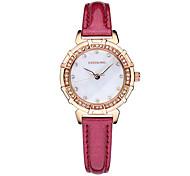 Band Luxus-Mode-Leder-Quarz-Uhr der Frauen