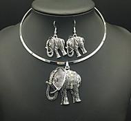 Vintage Retro Elephant Animal Pendant Necklace Drop Earrings Jewelry Set