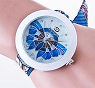 Women's Casual Wrist Watch  Ladies Quartz Generva Brecelet Watch Fabric  Band The Rhinestone Dial Reloj Mujer