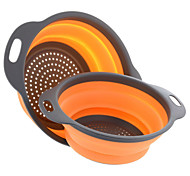 2 Pieces Collapsible Silicone Colander Folding Kitchen Silicone Strainer Including One 8 Inch and One 9.5 Inch Random Color