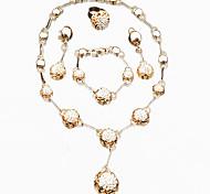 Bijoux 1 Collier 1 Paire de Boucles d'Oreille 1 Bracelet 1 Bague Bague Boucles d'oreilles Collier / Bracelet Sans pierreCirculaire