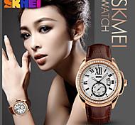 Femme Homme Montre de Sport Montre Habillée Smart Watch Montre Tendance Montre Bracelet Unique Creative Montre Chinois QuartzCalendrier