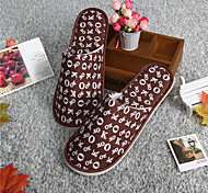 Men's Women's Disposable Slippers for Travel SPA Hotel Portable Folding Slippers