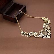 Žene Ogrlice s privjeskom Legura Flower Shape Vintage Viktoriánus Izrezbaren luksuzni nakit Jewelry Party