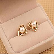 スタッドピアス 真珠 人造真珠 合金 幾何学形 トライアングル ゴールド ホワイト ジュエリー のために 2 個